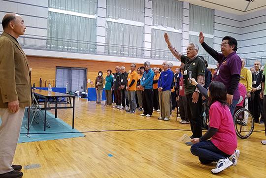 選手宣誓を務めたのは、磐田はまぼう支部の西尾支部長と、袋井FUKY支部の大場さん