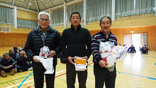 6mの部入賞者。右が優勝された大澤さんです