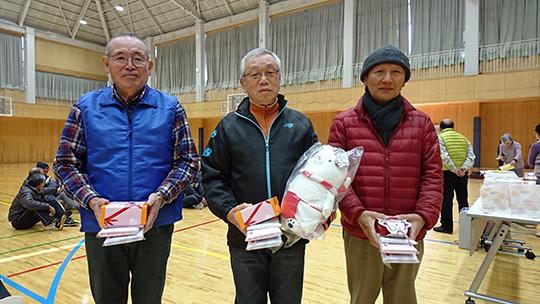 10mの部入賞者。中央が優勝された杉本さんです
